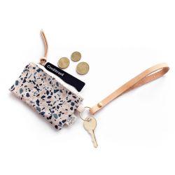Schlüsselanhänger aus Leder mit Karten-/Münzbeutel | Terrazzo Blue Peach I