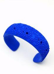 Textured cuff - Blue