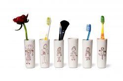 Tootbrush Vases Ulrike Family Complete