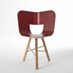 Tria wood chair 3 legs | Red Stained Ash