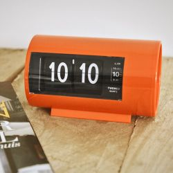 Flip Clock AP28 | Orange
