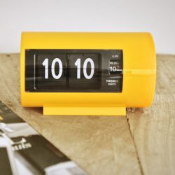 Flip Clock AP28 | Yellow