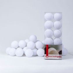 Cotton Ball Light String | White