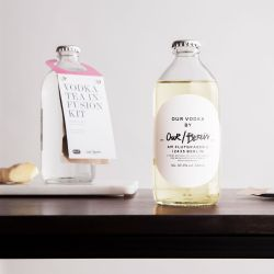 Our/Berlin Vodka Infusion Kit White Tea