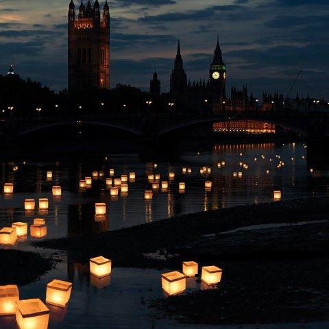 Thumbs up | Mood Setting Water Lanterns
