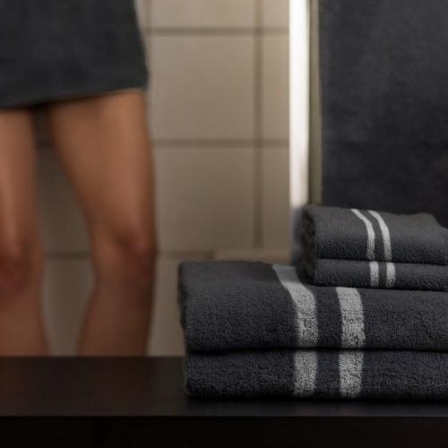 Mizu Towel | Bacteria Detecting Towels