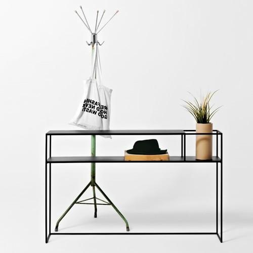 CustomForm   Möbel & Accessoires für industrielles Flair