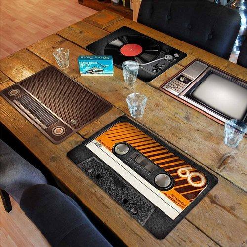 MikaMax | Eingedeckt: Stylische Retro-Tischsets
