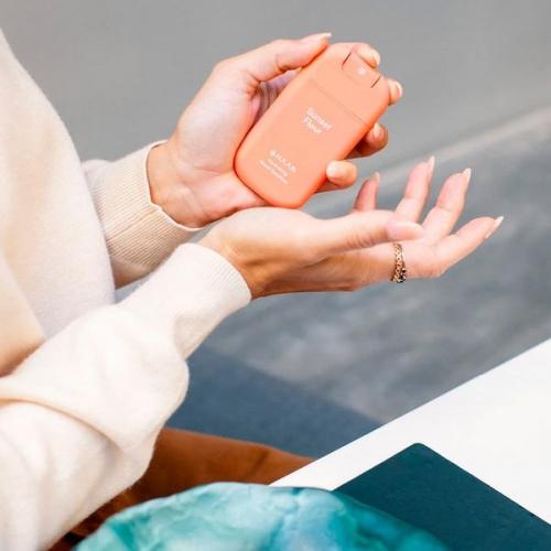 HAAN   Hygiene für unterwegs: Stylishes Handgel