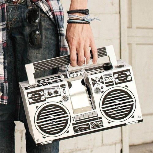 Berlin Boombox | Cool: dieser DIY old school Lautsprecher