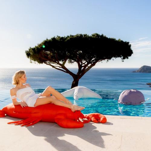 MXHOME | Insel-Feeling: Kissen & Sitzsäcke für draußen