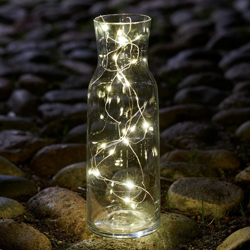 Sirius | Ring in the holiday season with glowing decor