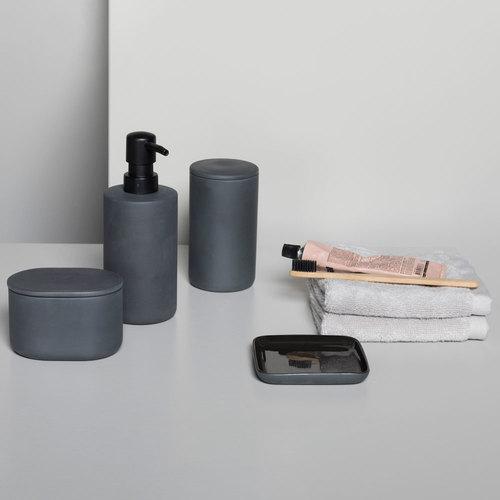 Serax | Soft and serene bathroom accessories