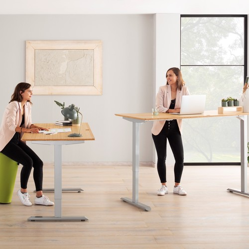 MAJA Möbel | Height-adjustable desks