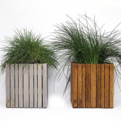 SQUARELY | Selbstbewässernde Pflanzgefäße aus Holz