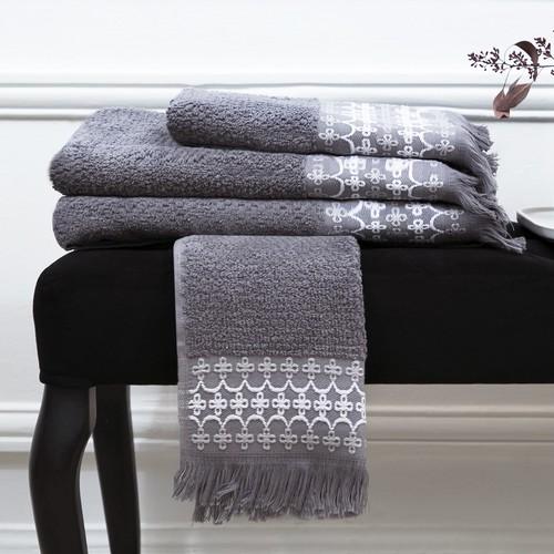 L'Officiel Interiors | Exceptional bath towels
