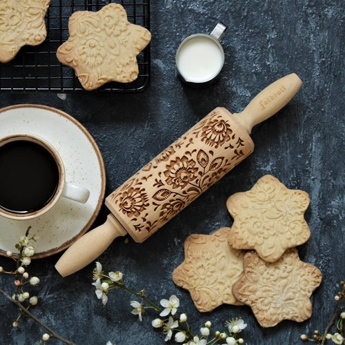 Folkroll   Zum Anbeißen: Backe gravierte Kekse