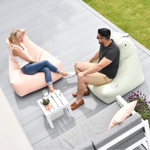 Extreme Lounging   Bequeme Hängematten & Sitzsäcke für draußen