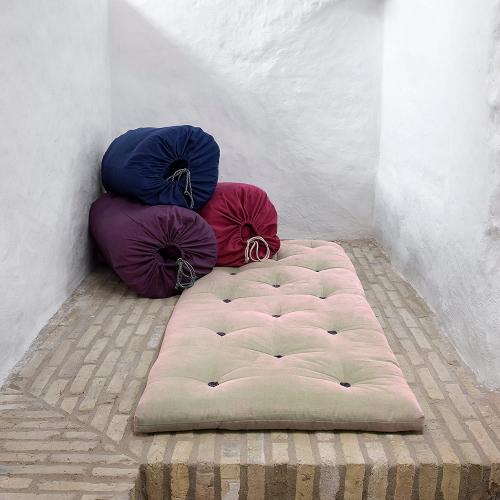 Karup Design | Minimalistische Betten & geniale Kleiderständer
