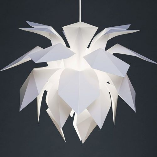 Thomas Peter Lund | Lamps with Light-filtering Leaves