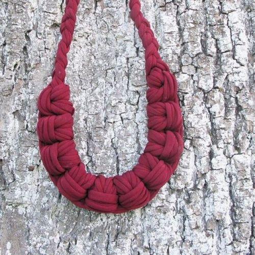 URSKA HVALICA | Knotted Textile Necklaces