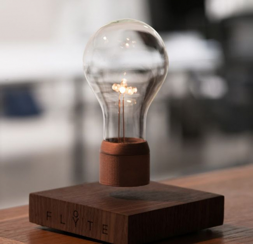Flyte | Set the Light Bulb Free