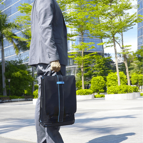 Moovy | Smart unterwegs: Intelligente Rucksäcke & Reisezubehör