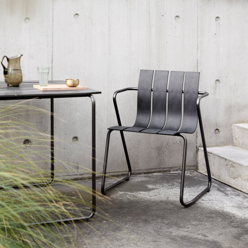 Mater | Outdoor furniture from ocean waste plastic
