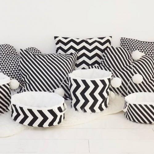 So Homely | Black & White Cosiness