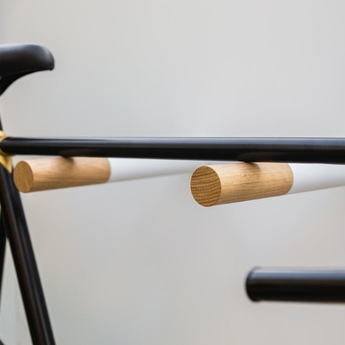 MacMilano | It-Piece: Stylische Fahrradaufhängesysteme