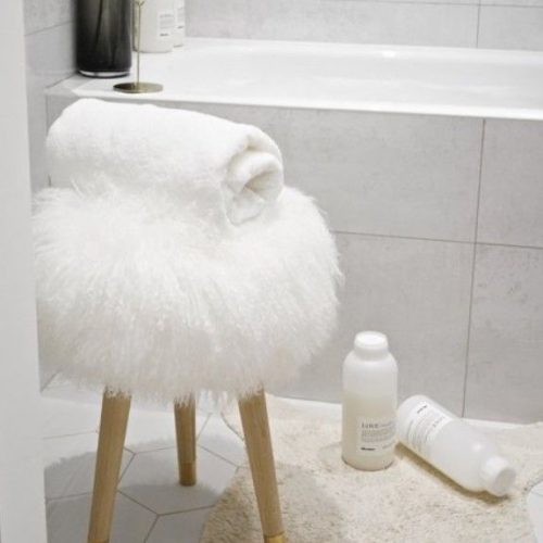 Arctic Fur | Fluffy Sheep Skins for Cosy Nights