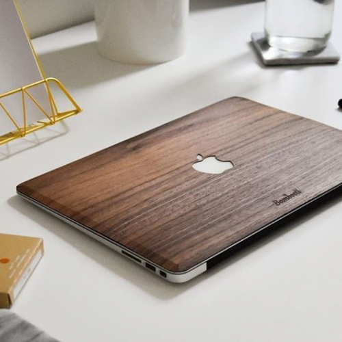 Bambooti | Wooden MacBook & iPhone Cases