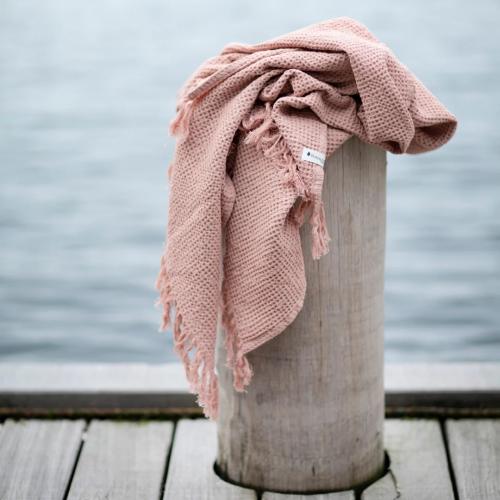 Bungalow   Weiche Textilien & Jute-Körbe