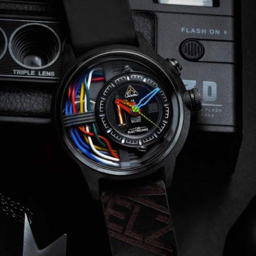 The Electricianz | Unter Strom: Elektrifizierende Uhren