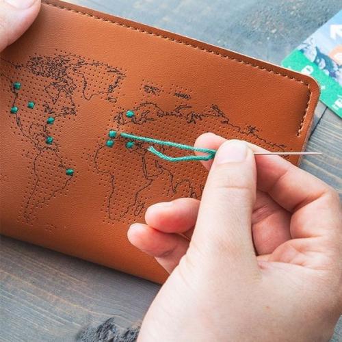 Chasing Threads   Personalisiere deine Reiseaccessoires