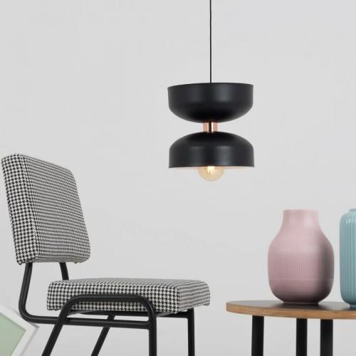 CustomForm | Monochrome Beleuchtung