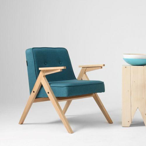 CustomForm | Zeitlose Stühle & Sofa
