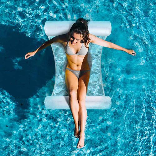 MikaMax | Sommer-Must-have: Die Pool-Hängematte