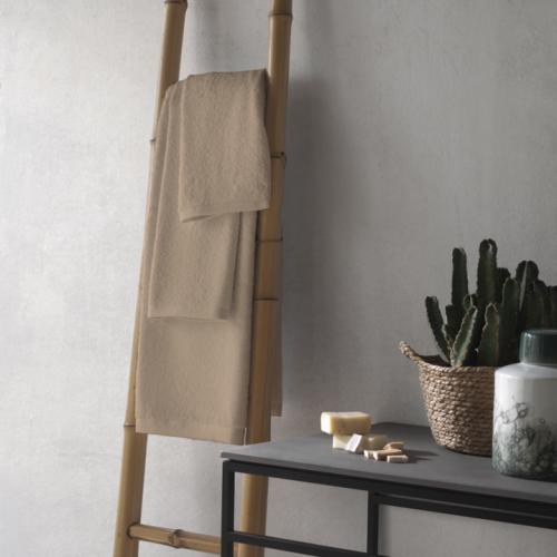 Abece   Auf Tuchfühlung: Weiche Handtücher & Bademäntel