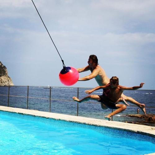 FAB Design | Fun Bouncing Balls