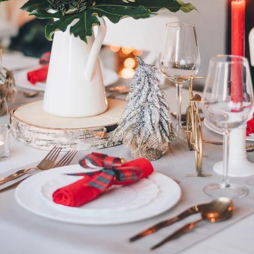 Weihnachtsvorbereitungen | Dekoriere dein Haus und deinen Tisch