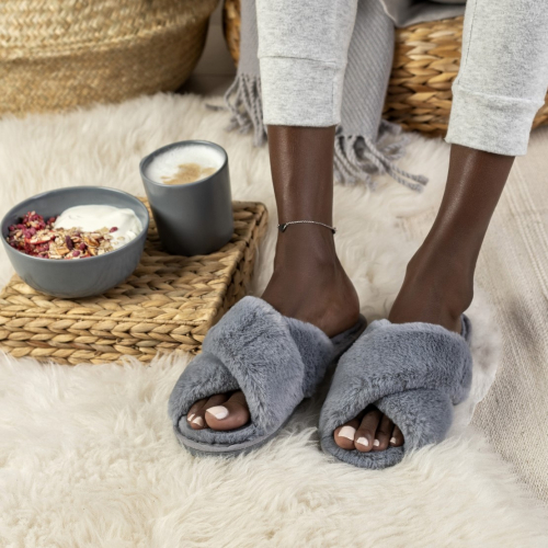 Funky Steps | Plüsch für die Füße: Bequeme Hausschuhe