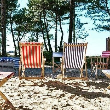 Lona | Retro-Strandstühle & -zelte in bunten Qualitätsstoffen