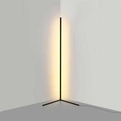 Light of Throne | Tech-Accessoires als farbige Hingucker