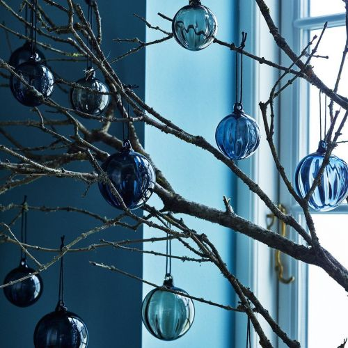 Louise Roe | Glass Xmas Balls