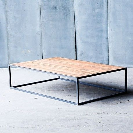 Heerenhuis | Straightforward Wood Tables