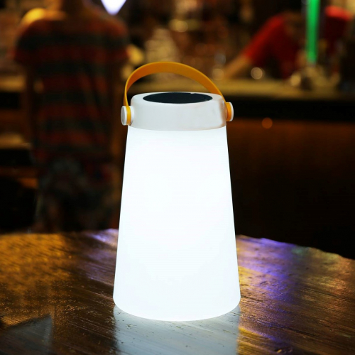 Mooni | Speaker & light in one