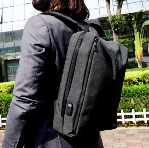 Moovy   Smart travel accessories