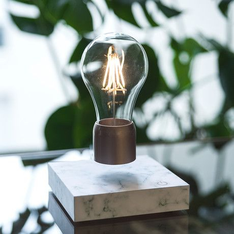 PÆR Design | Fantastic: Floating Light Bulb