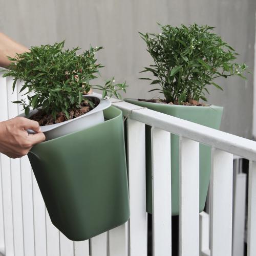Qualy | Selbstbewässernde Pflanzentöpfe